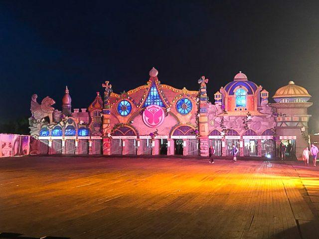 Tomorrowland 9